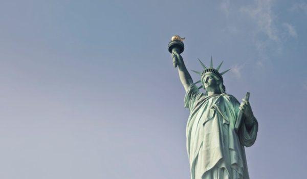 statute-of-liberty-at-daytime-722014 (1)